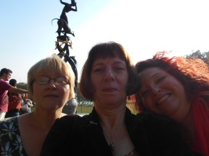 Tracy, Paula and Debz on their way to the Commonwealth Conversation in London
